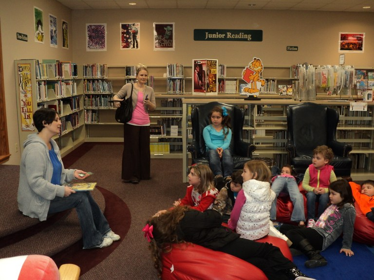 TAPS Kindergarten Students Visit KPL