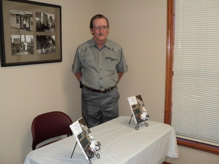Frank Griffing Bk Signing 5-5-14